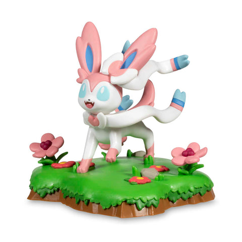 An Afternoon with Eevee & Friends: Sylveon Figure by Funko