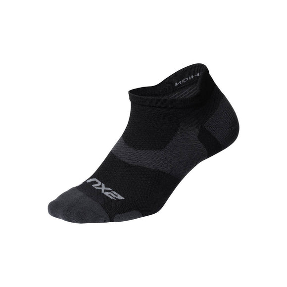 2XU Vectr Light Cushion No Show Socken, schwarz/titanium