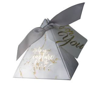 50PCS/LOT TRIANGULAR PYRAMID GIFT BOX WEDDING FAVORS AND GIFTS CANDY BOX WEDDING GIFTS FOR GUESTS