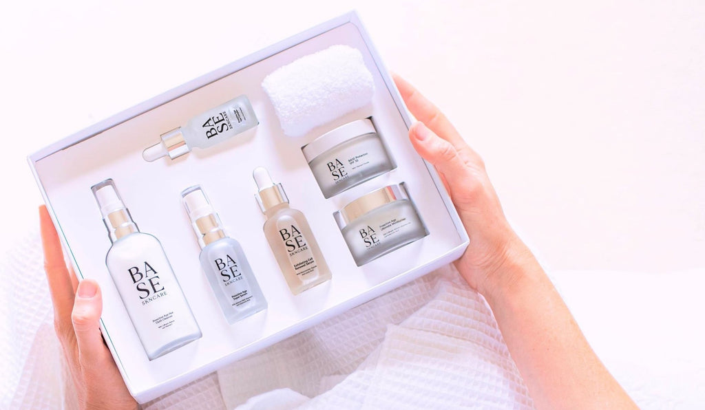 Retinol skincare routine in the proactive age kit - the 5-step skincare system