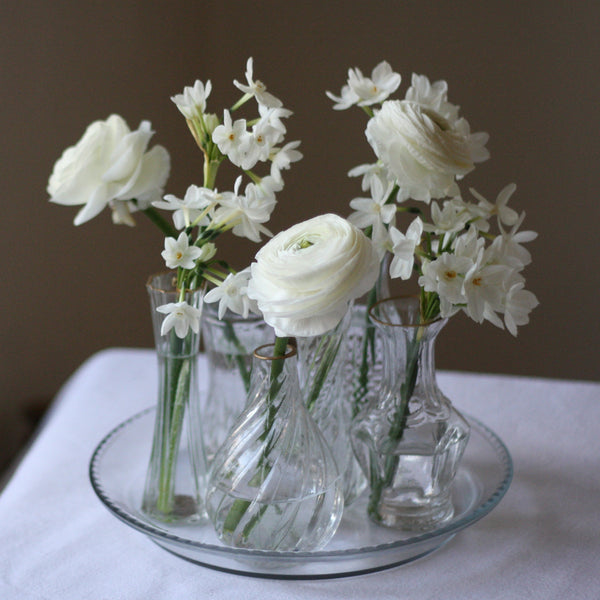 Crystal And White Wedding Theme: Set Of 6 Clear Glass Vases With Gold Rim On Tray Wedding
