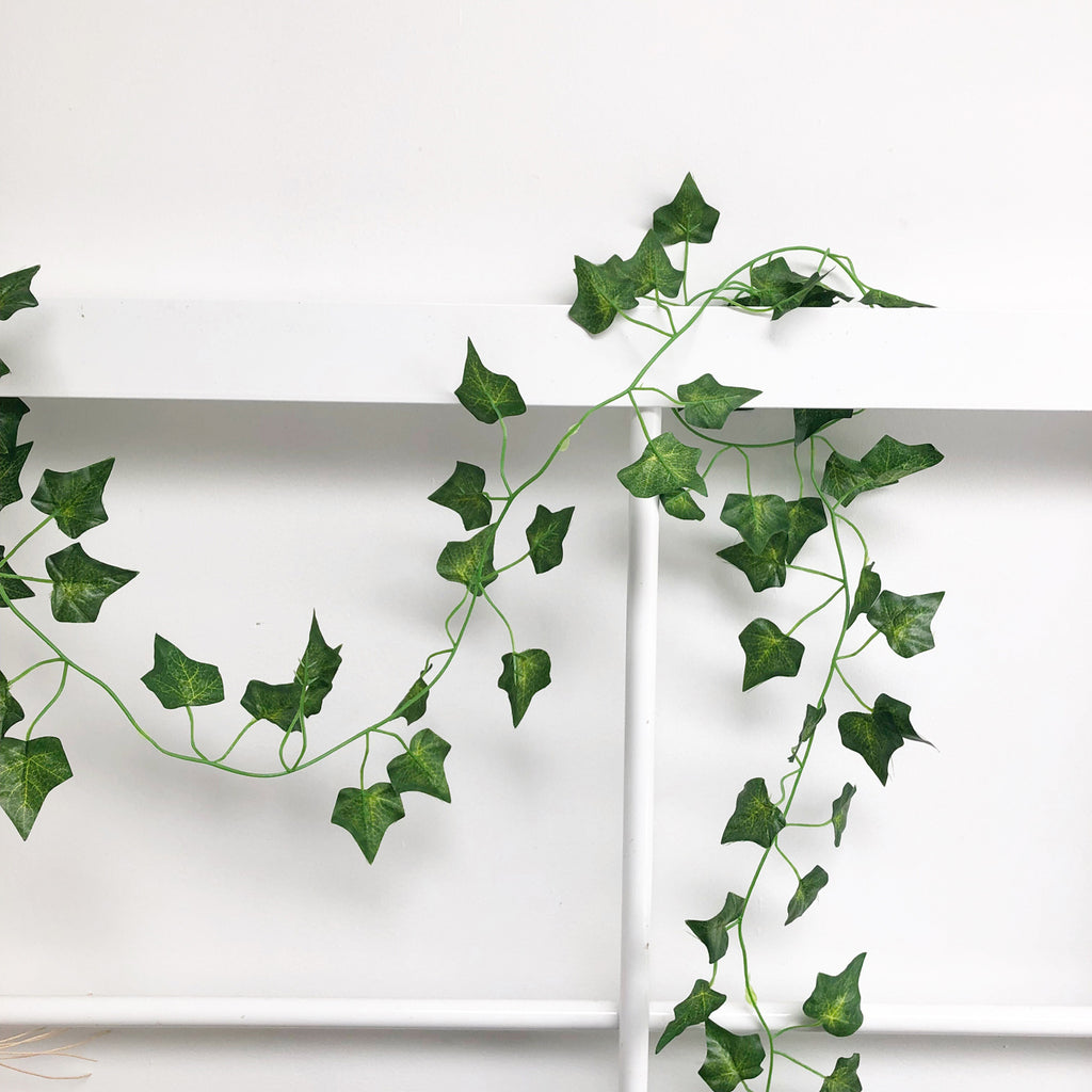 Decorative Ivy Foliage Garland 1.9m www.theweddingofmydreams.co.uk