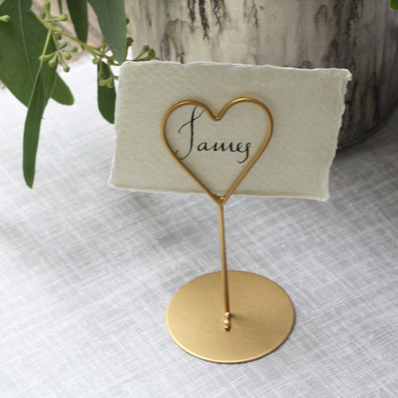 Gold heart place card holders set of 8 the wedding of for Place settings name card holders