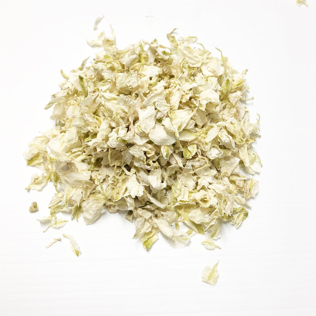 Ivory confetti petals biodegradable from www.theweddingofmydreams.co.uk