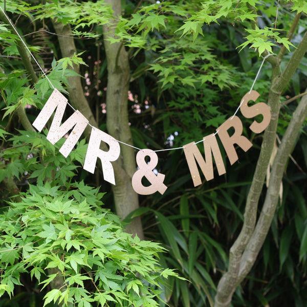 MR & MRS Bunting - Bronze
