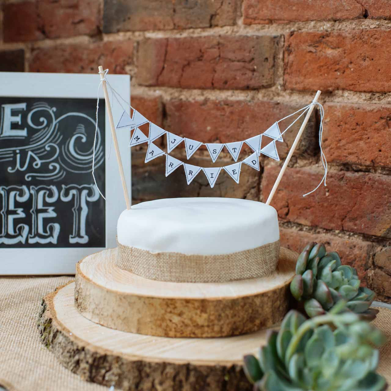 """Wooden Wedding cake stand with out bark centrepiece log 14/"""" Rustic Log slice"""