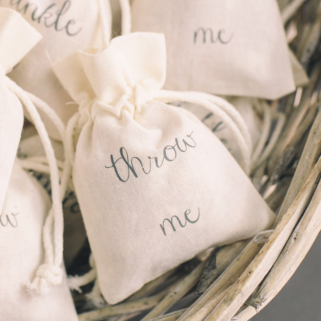 throw me wedding confetti bags available from @theweddinomd