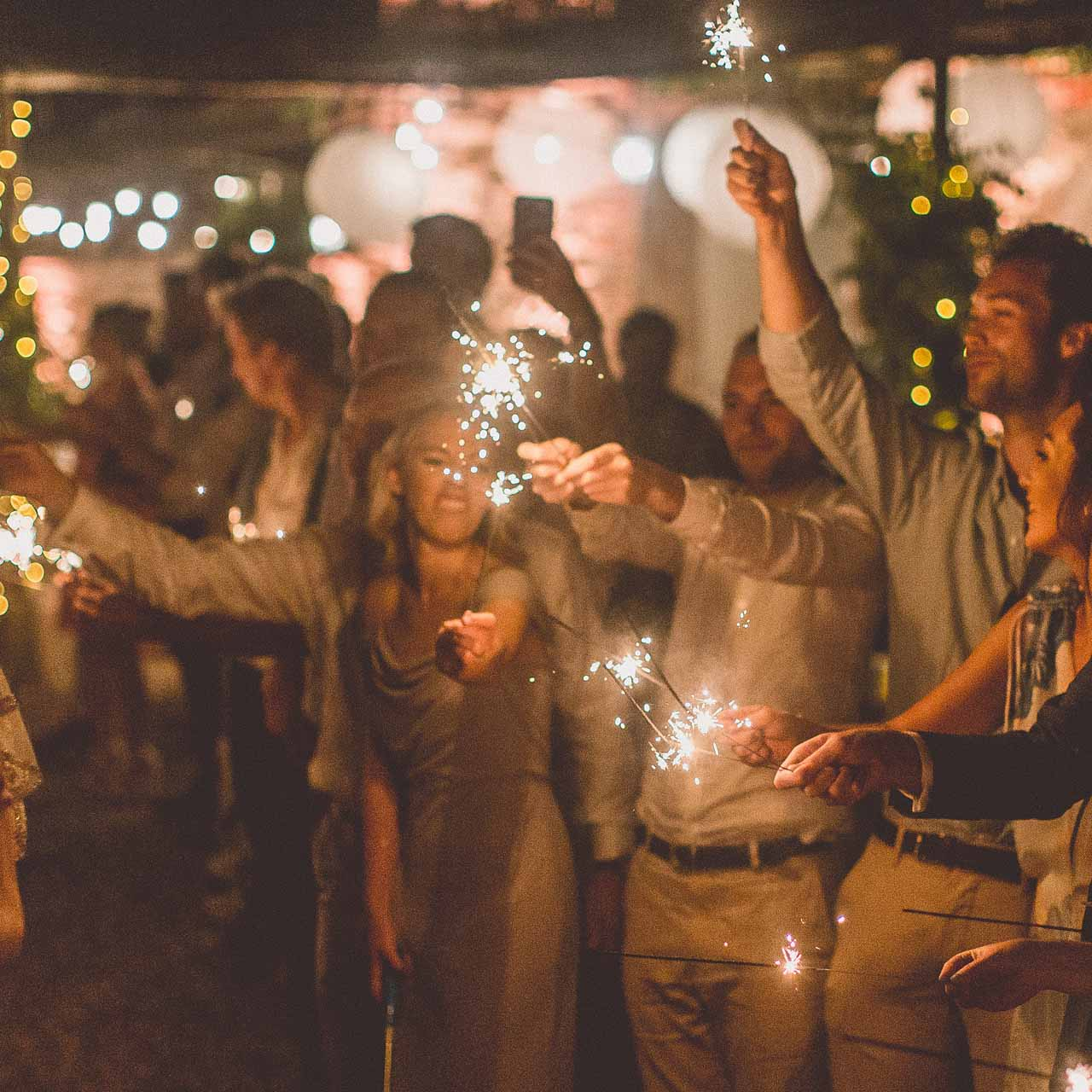 Wedding Send Off Sparklers - Pack Of 5 – The Wedding of My Dreams