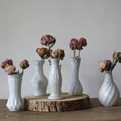 SET OF 6 LUXE WHITE VASES ON TRAY WEDDING CENTREPIECE - available from www.theweddingofmydreams.co.uk