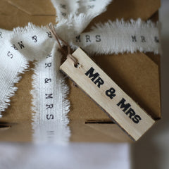 Wooden Gift Tags Rustic - Mr And Mrs
