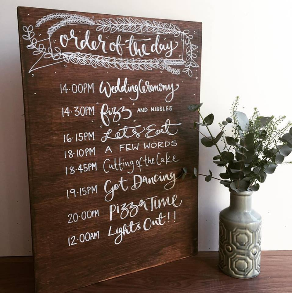 Order Of Reception Events At Wedding: Wooden Personalised Order Of The Day Sign