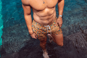 WOLF IN COLOR SWIM TRUNK