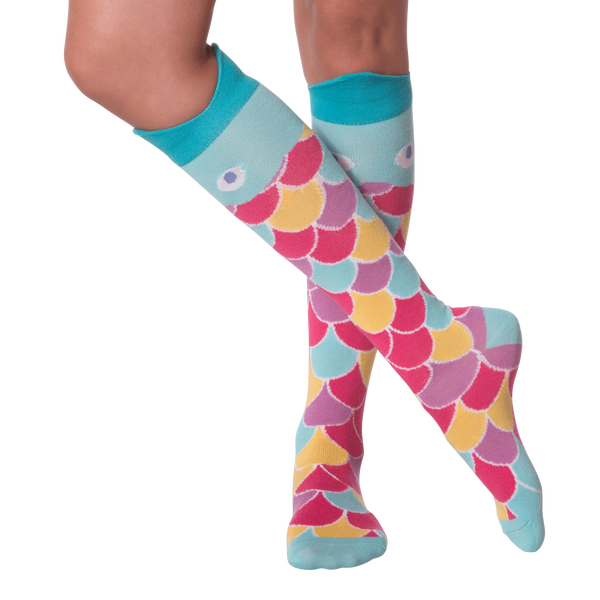 Women's Wide Mouth Rainbow Fish Knee High Socks