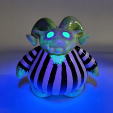 Load image into Gallery viewer, BeetleJuice Custom Ramble by @tiny_ghosts_hoarder 1/1