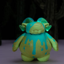 "Load image into Gallery viewer, 3"" Blue and Orange Slimer Glow Ramble"