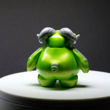 "Load image into Gallery viewer, 3"" Pearlescent Lime Skelly Ramble"