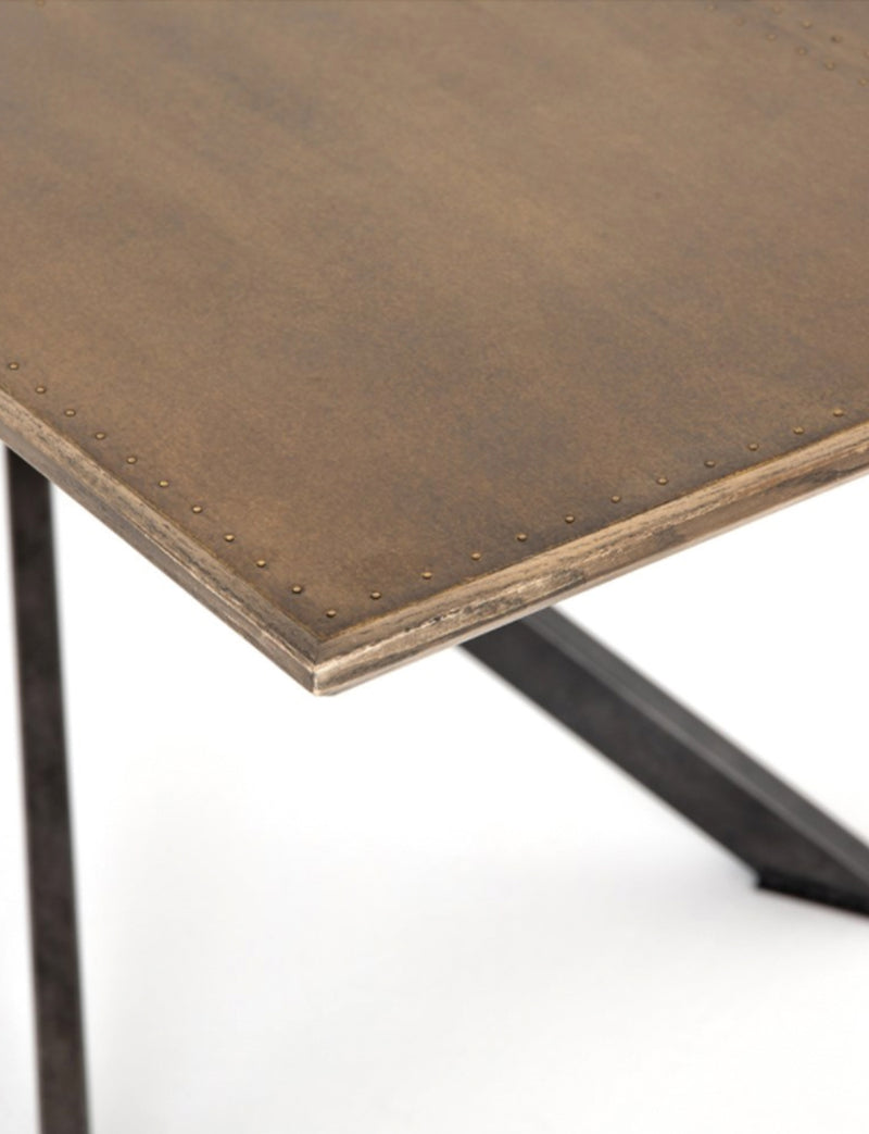 SPINER DINING TABLE