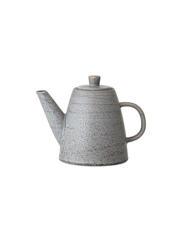 Cast Iron Teapot w/ Tea Strainer