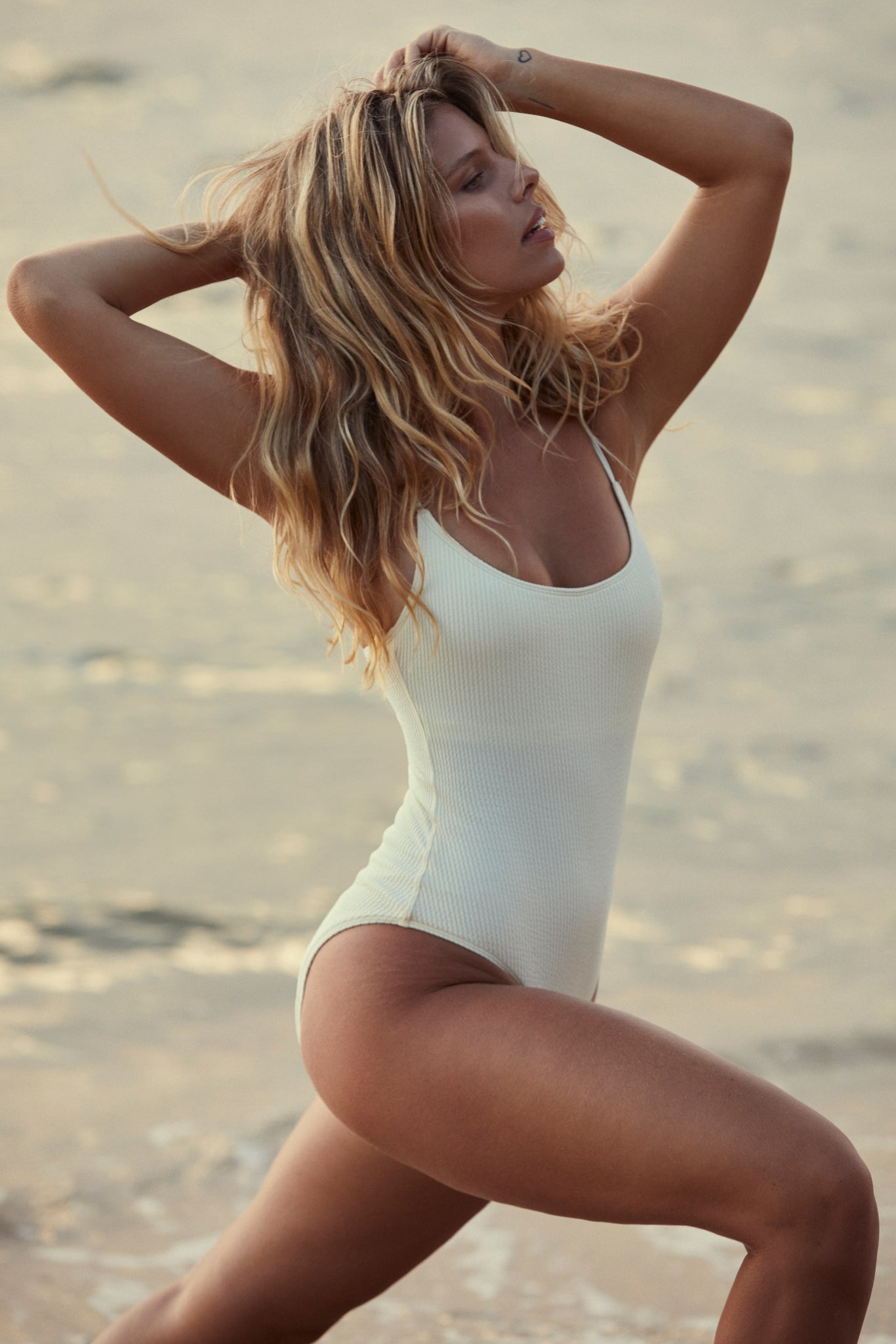 Bahamas One Piece Long - Ivory Crinkle