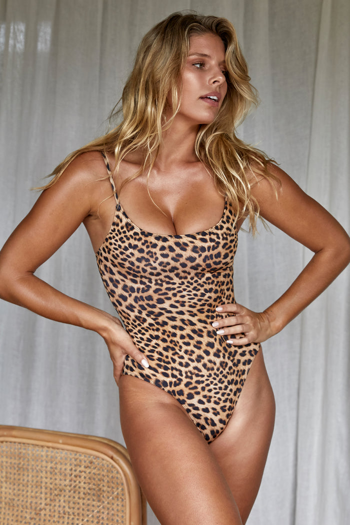Bahamas One Piece Long - Jaguar