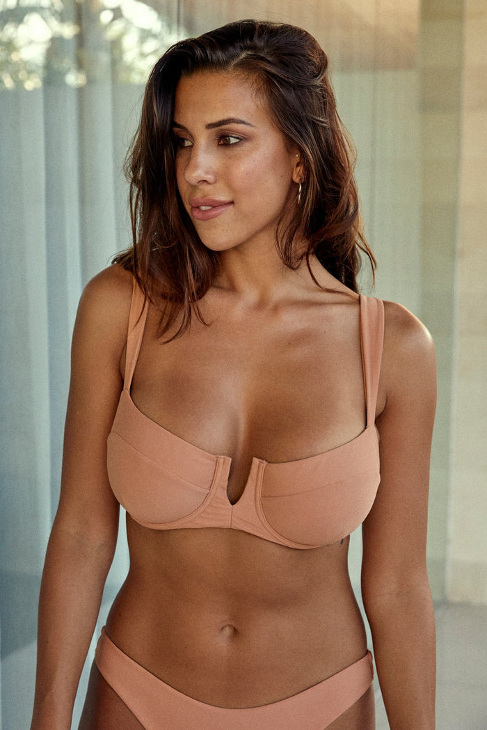 Clovelly Top - Nude