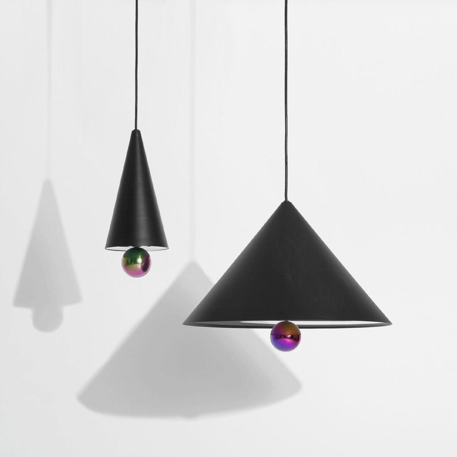 De Cherry lamp van Petite Friture is een eyecatcher!