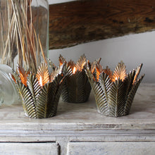 Load image into Gallery viewer, palm leaf bronzed tealight holder