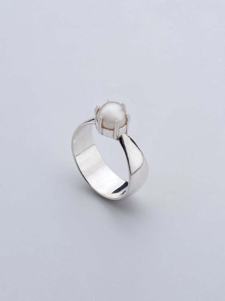 Born From Rock Fortune Pearl Ring - Moxie Tel-Aviv