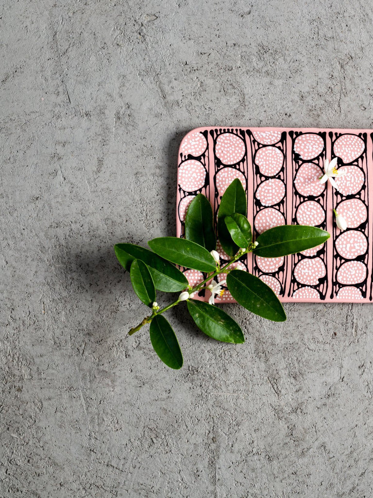 Maiyan Ben-Yona Big Rectangular Tray - Pink With B&W Circles - Moxie Tel-Aviv