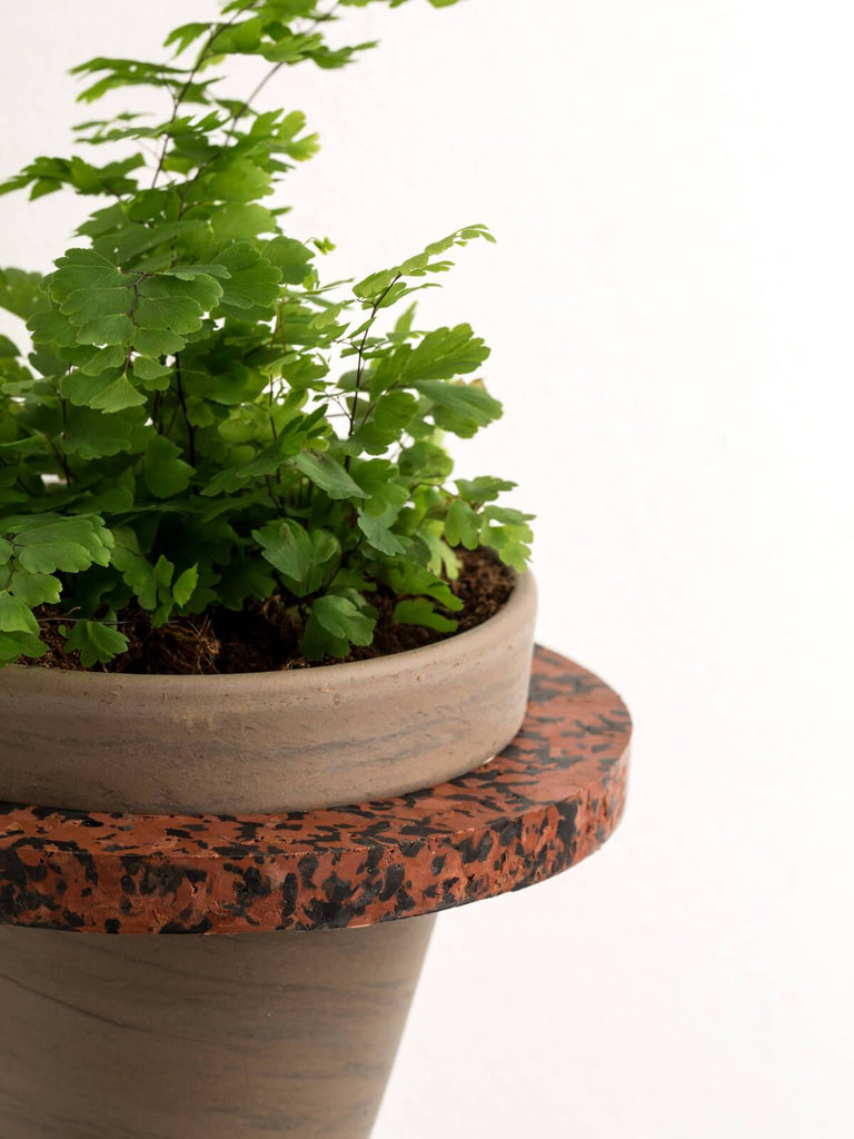Mon Terra Brown/Black Terrazzo Plant Holder - Moxie Tel-Aviv