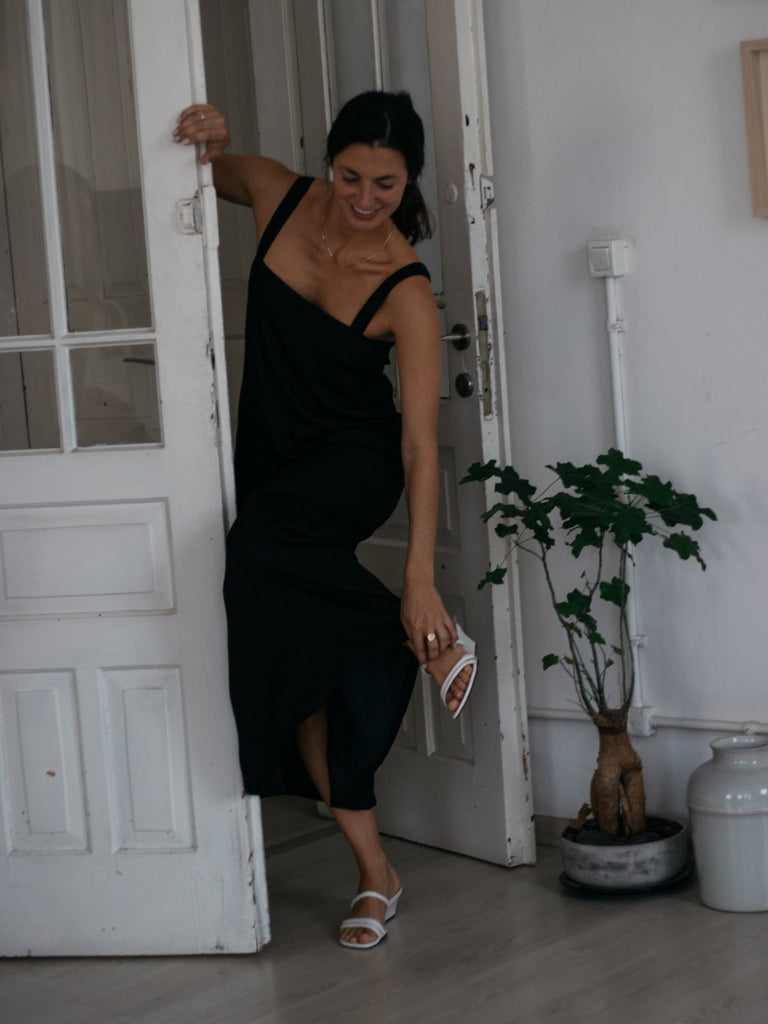 Tutu.B The Perfect Dress - Black - Moxie Tel-Aviv