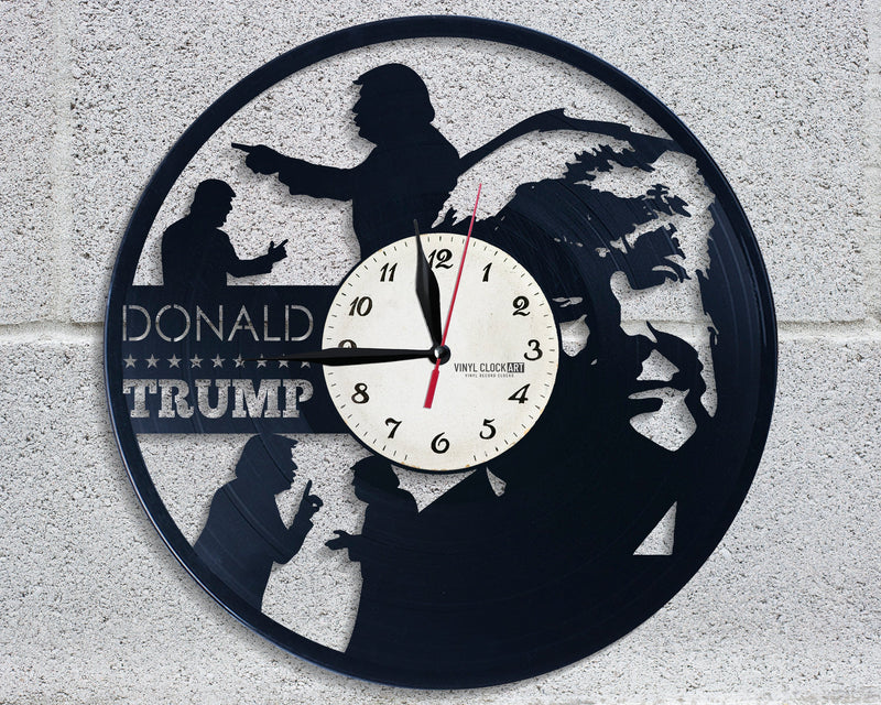 Superior wall clock Trump