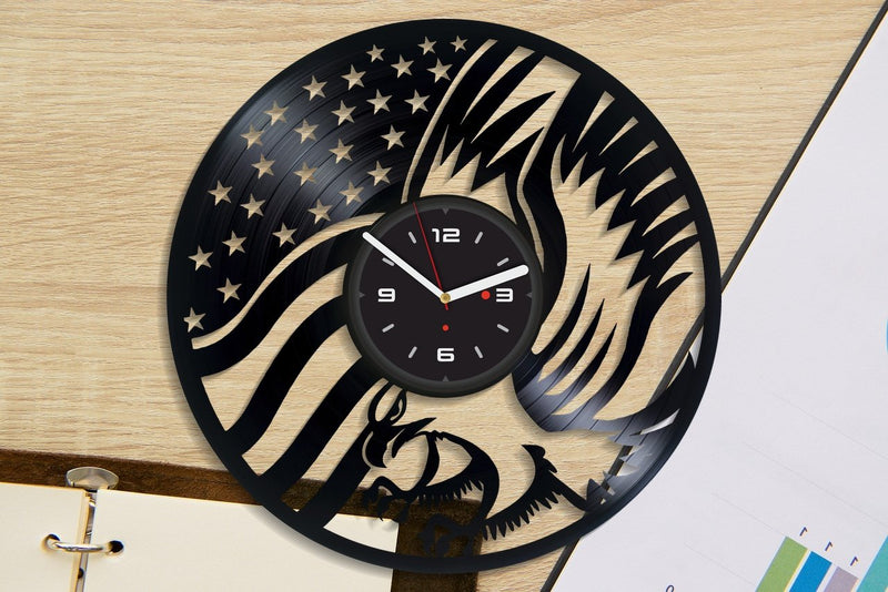 Vinil Clock eagle, Wall Clock, Vinyl Art, Wall Art, Christmass Gift, Home Decor Clock, eagle 4160