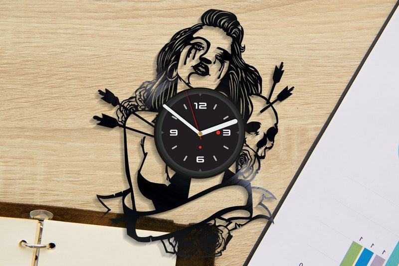 Vinil Clock girl, Wall Clock, Vinyl Art, Wall Art, Christmass Gift, Home Decor Clock, girl 4209