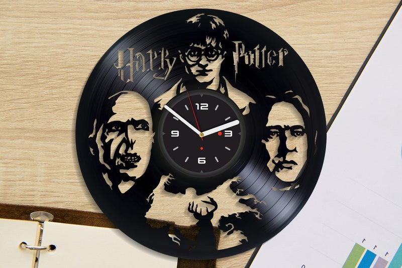 Vinil Clock harry potter, Wall Clock, Vinyl Art, Wall Art, Christmass Gift, Home Decor Clock, harry potter 396