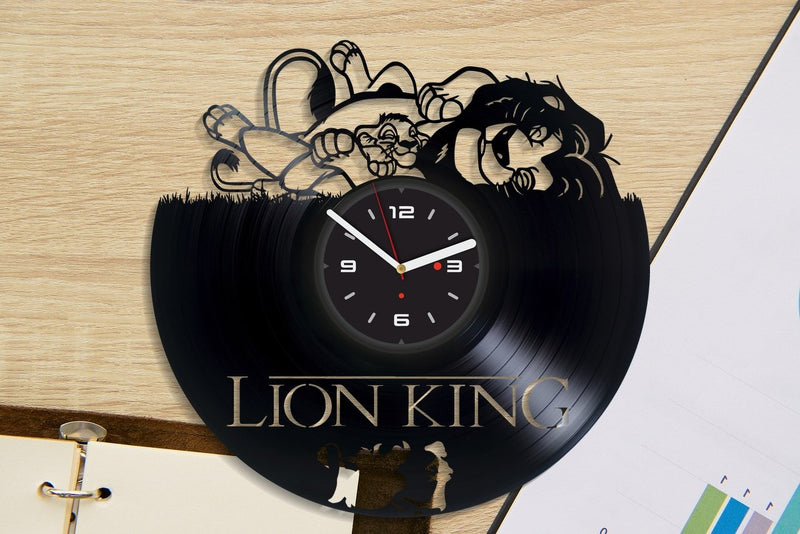 Vinil Clock lion king, Wall Clock, Vinyl Art, Wall Art, Christmass Gift, Home Decor Clock, lion king 4303