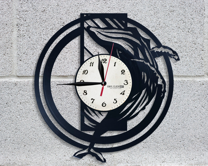 Provocative Sea styled wall clock