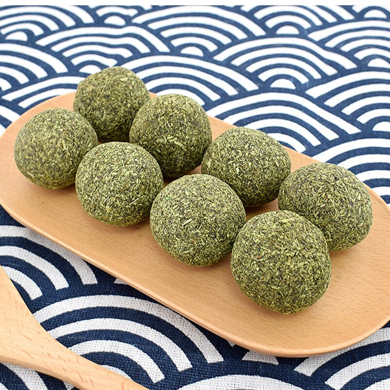 Pet Natural Cat Catnip Treat Balls Cat Toys Menthol Flavor Cat Treat Ball Cats Playing Cleaning Teeth Chasing Toy