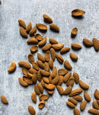 Best Ghorbandi Almond 1 kilo photos by Regalis Foods - item 1