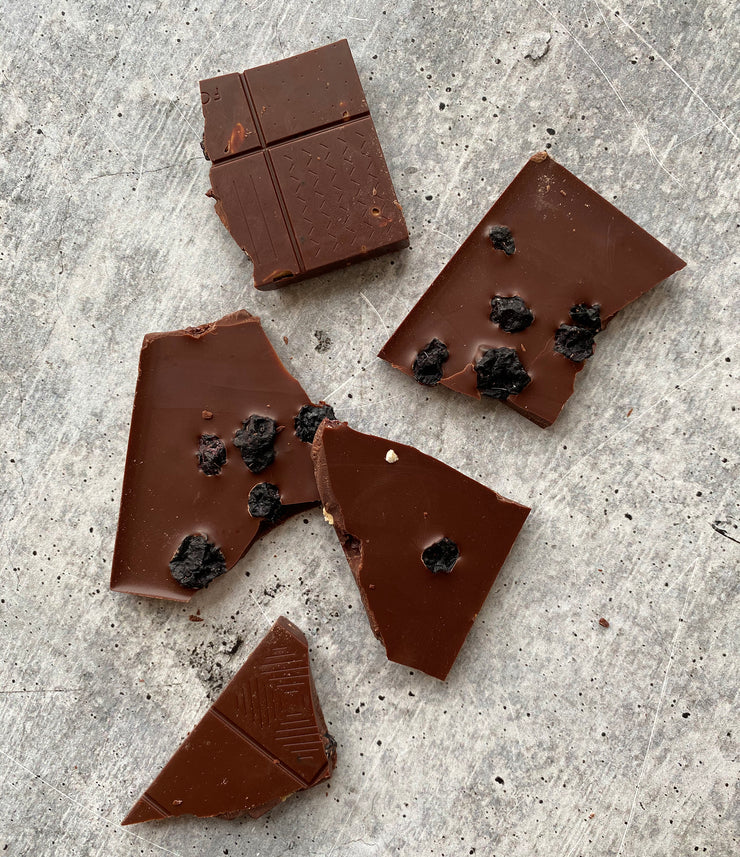 Best Blueberry Lavender & Oats 60% Dark Milk Chocolate Bar photos by Regalis Foods - item 3