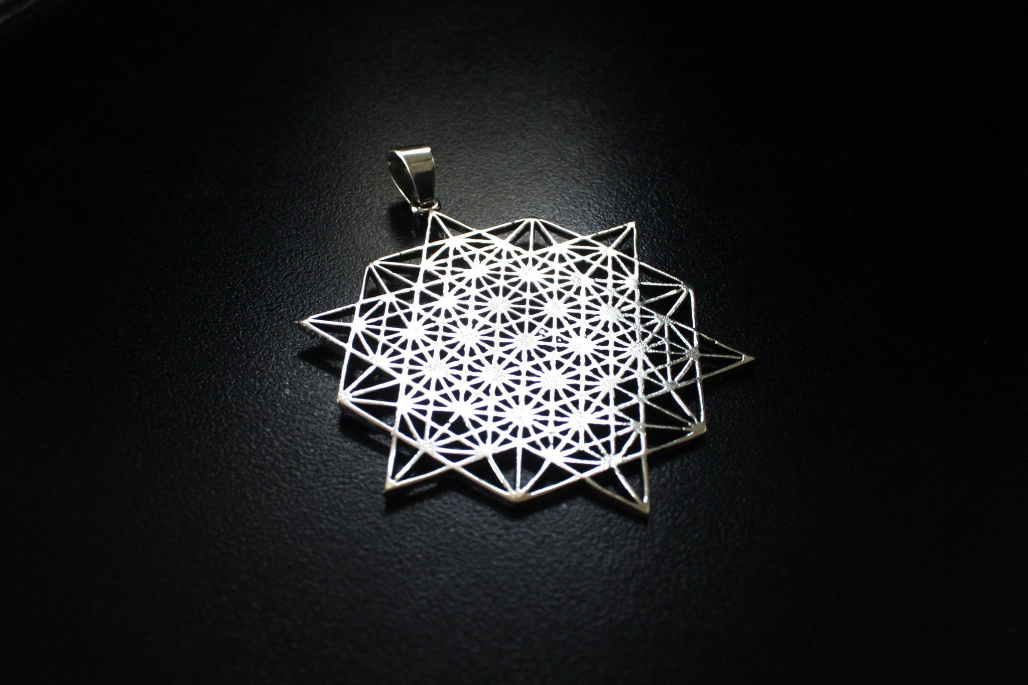 TETRAHEDRON STAR Silver Necklace - Flower of Life Necklace, Mandala Necklace, Sacred Geometry Necklace, Boho Necklace, Geometric Pendant