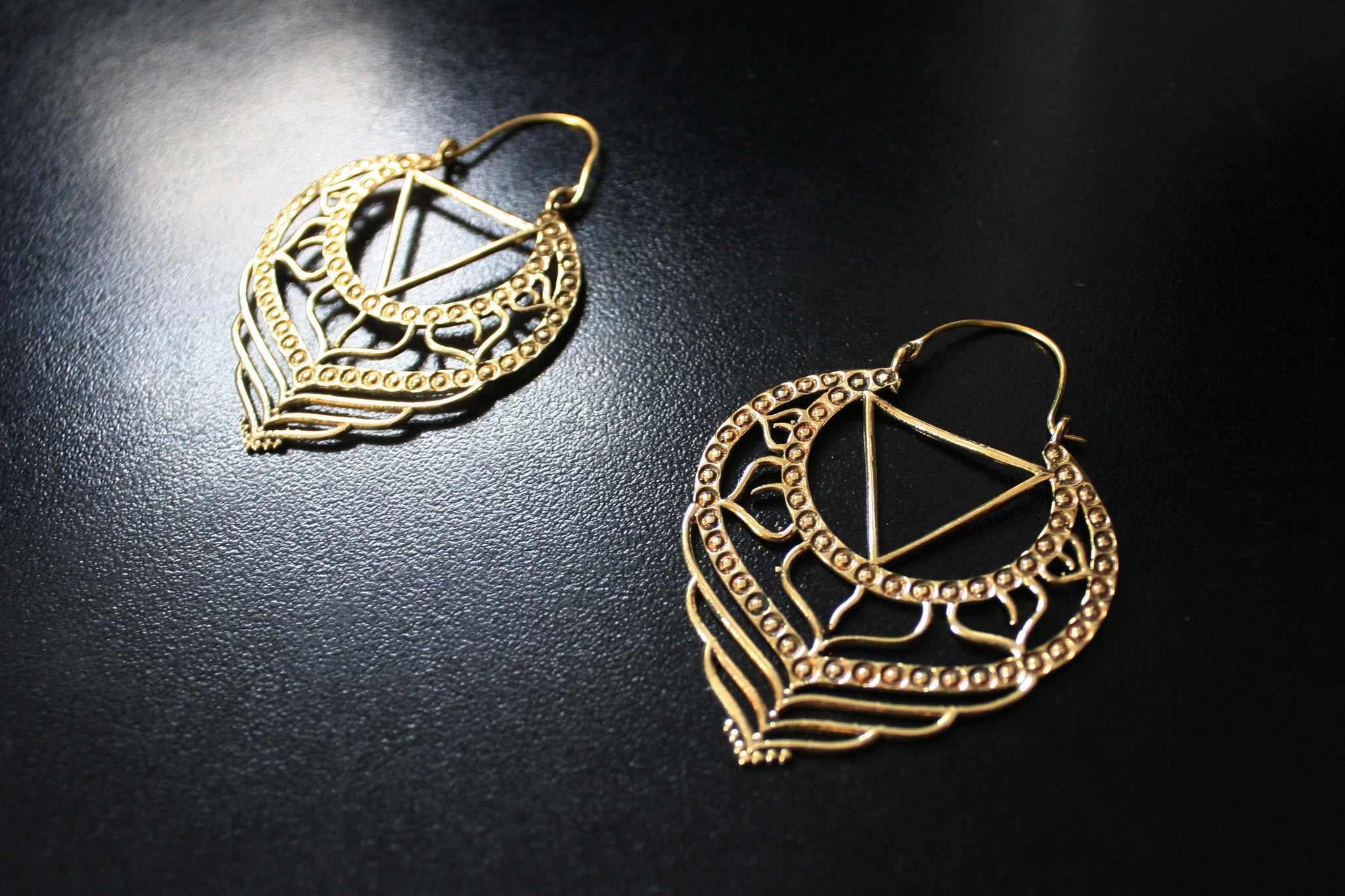 CHAKRA Earrings - Brass Earrings, Gypsy Earrings, Sacred Geometry Earrings, Brass Earrings, Geometric