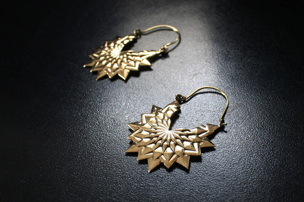 FLOWER Earrings - Brass Earrings, Tribal Earrings, Boho Earrings, Lotus Earrings, Hippie Earrings, Sacred Geometry Earrings, Seed of Life