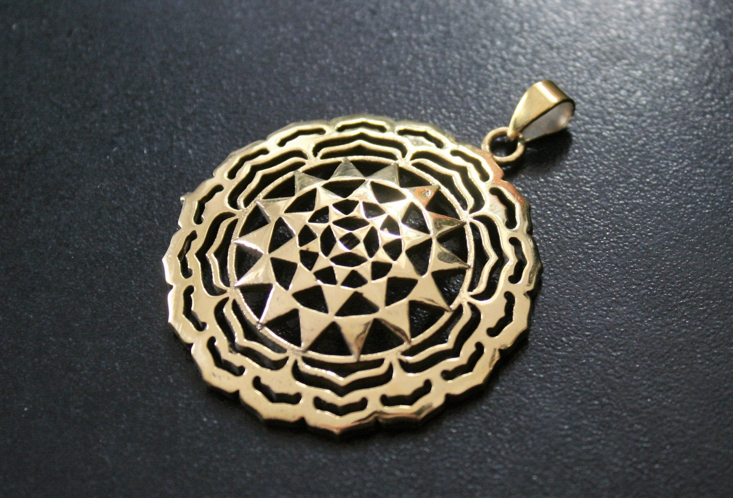 SRI YANTRA Brass Pendant - Sri Yantra Necklace, Mandala Necklace, Hippie Necklace, Psy, Tribal Necklace, Gypsy, Sacred Geometry Necklace