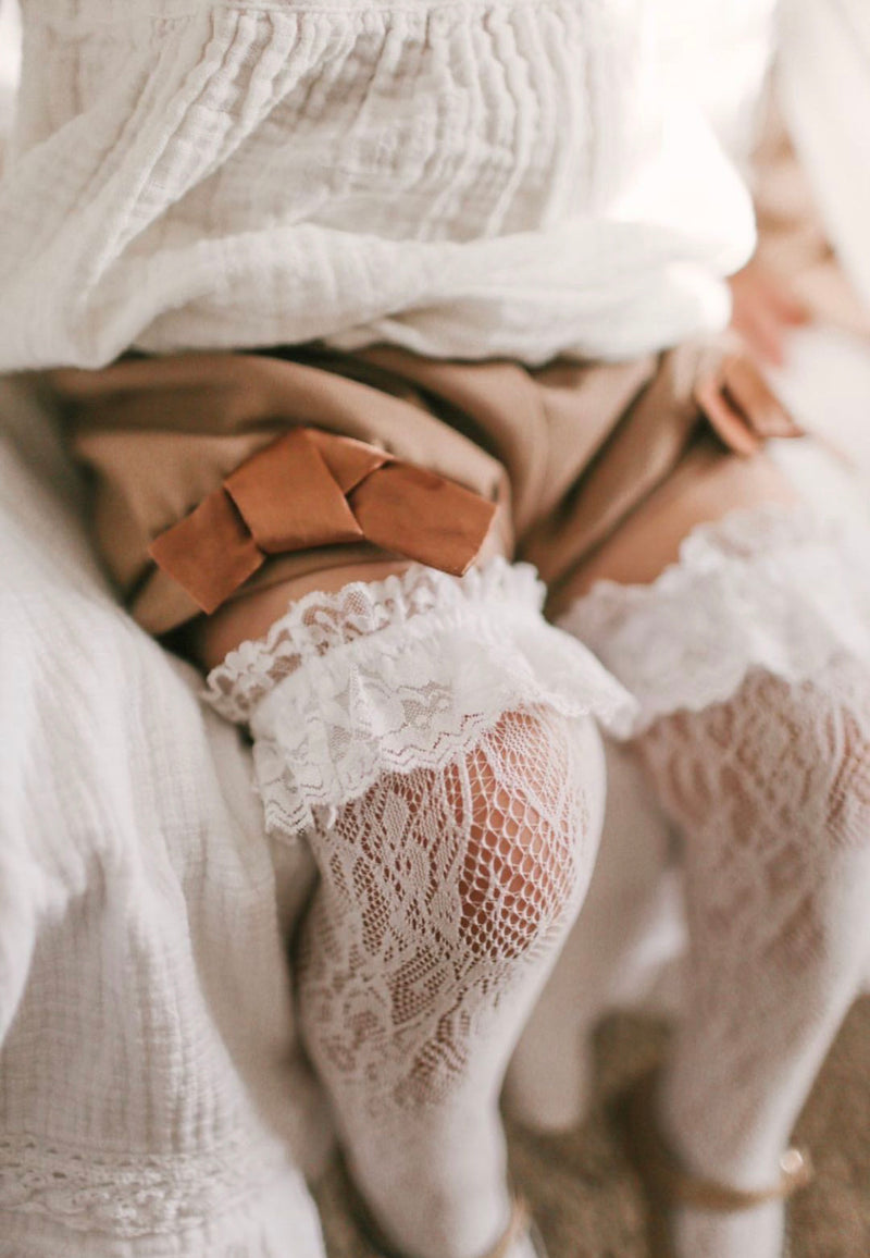 Petit Maison Kids Lola Lace Socks Pre Order - Rose & Albert
