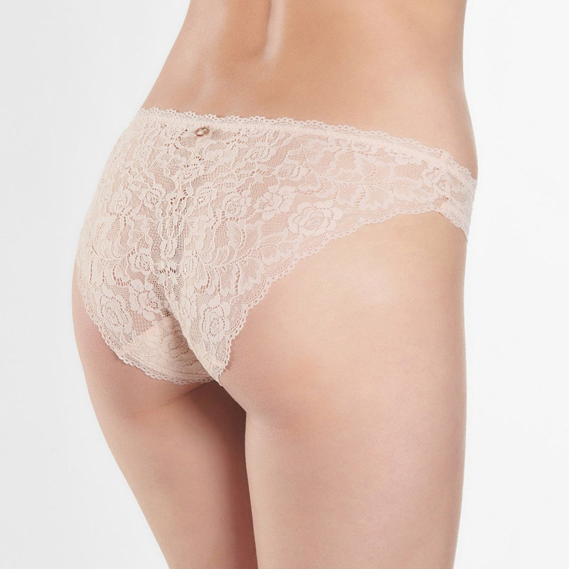 Aubade, Rosessence, seamless, lace, italian brief, no vpl, in blush, Caroline Randell.