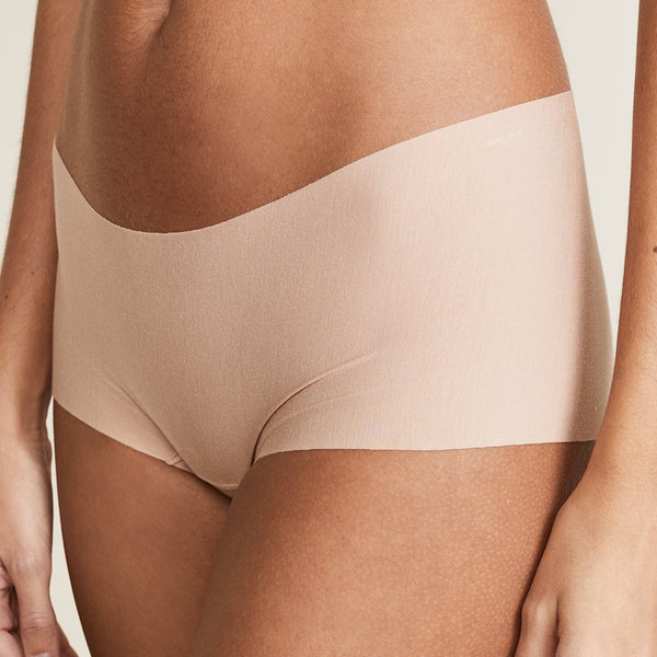 Commando butter collection seamless shorty beige nude. Caroline Randell.
