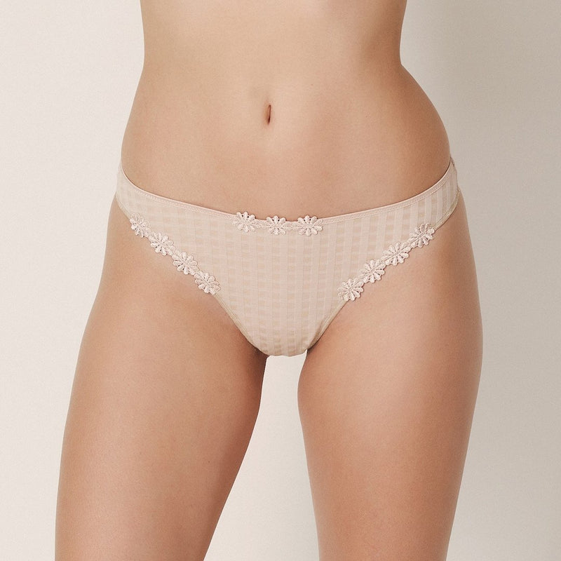 Marie Jo, Avero, caffe latte, skin, low cut thong, g-string style, tanga, checked fabric and daisy flower embellishment, Caroline Randell.
