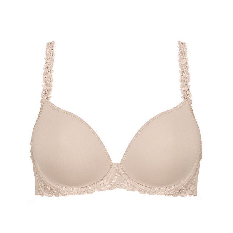 Simone Perele, spacer foam cup, smooth, tshirt, sweetheart shape, underwired, bra, in nude, beige colour, with embroidery detail along the band and strap, adjustable straps, which clip into a halter and racer back.