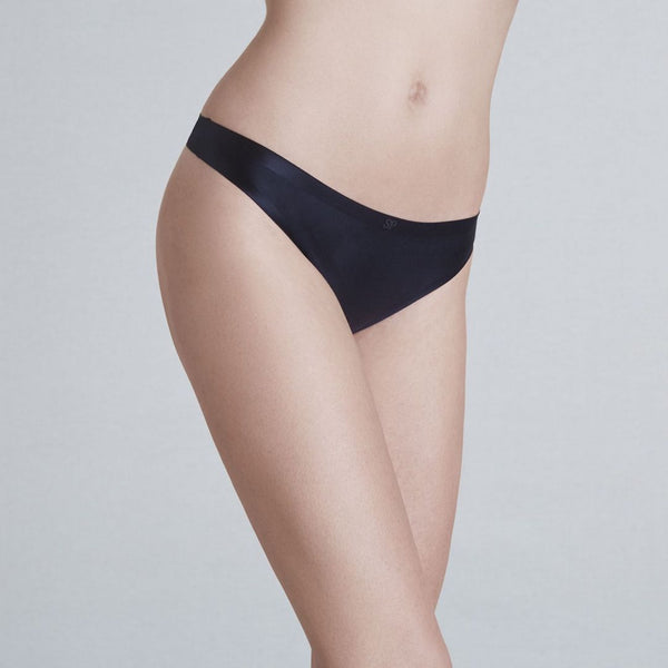 Simone Perele, Invisibulles, smooth, seamless, thong, no vpl, black, Caroline Randell.